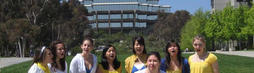 UC San Diego Tritones singing in front of Geisel Library